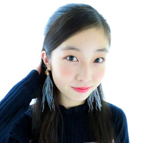 "★70%OFF★""ヒロインガーリー""ボリュームフェザー×スターイヤリング【ルココネ】"