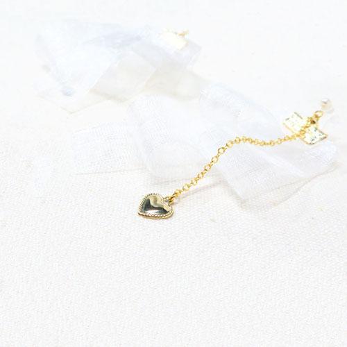 ガーリーパール樹脂ノンホールピアス(とうめいイヤリング)-ホワイトチュール-【ルココネ】