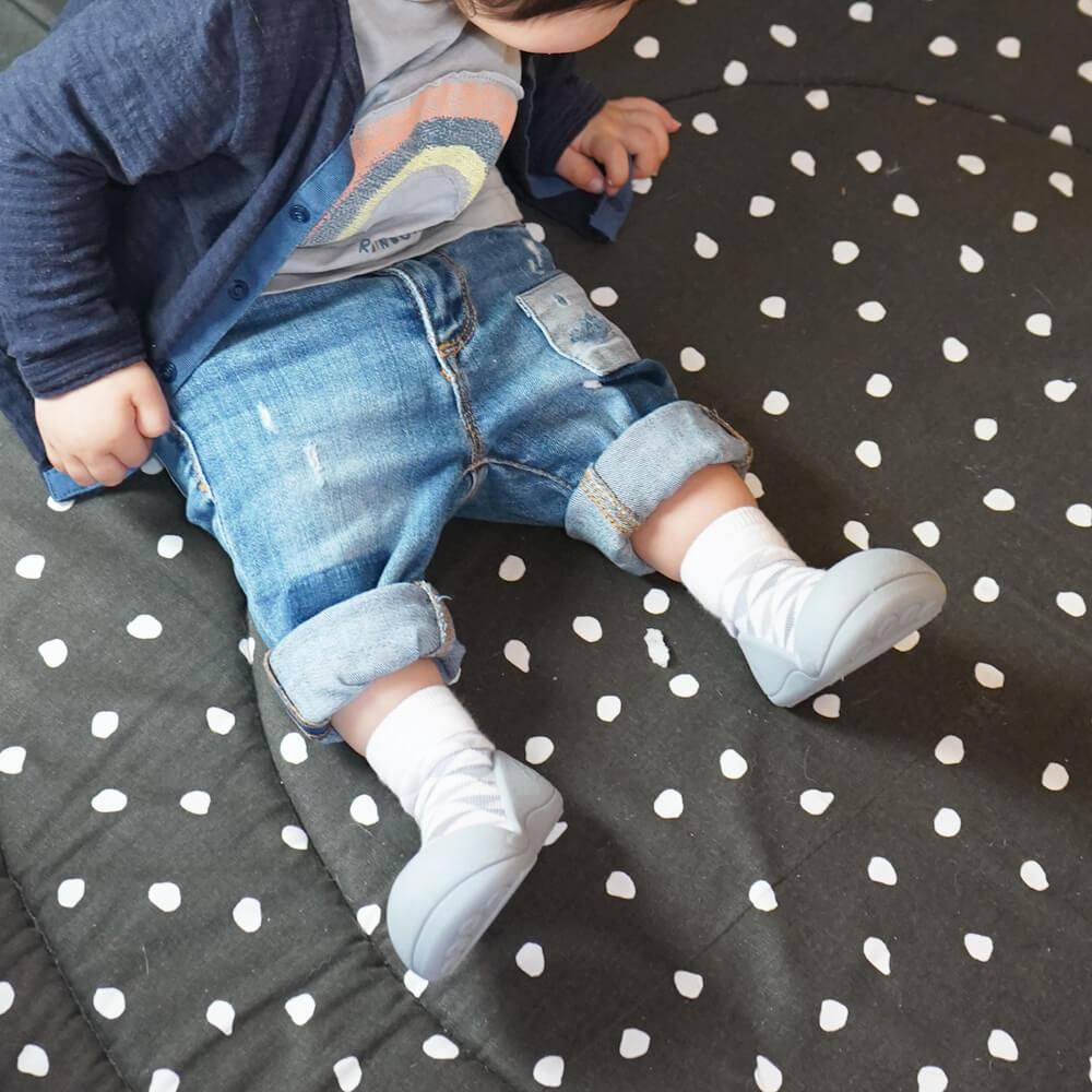[baby feet]トレーニングシューズ
