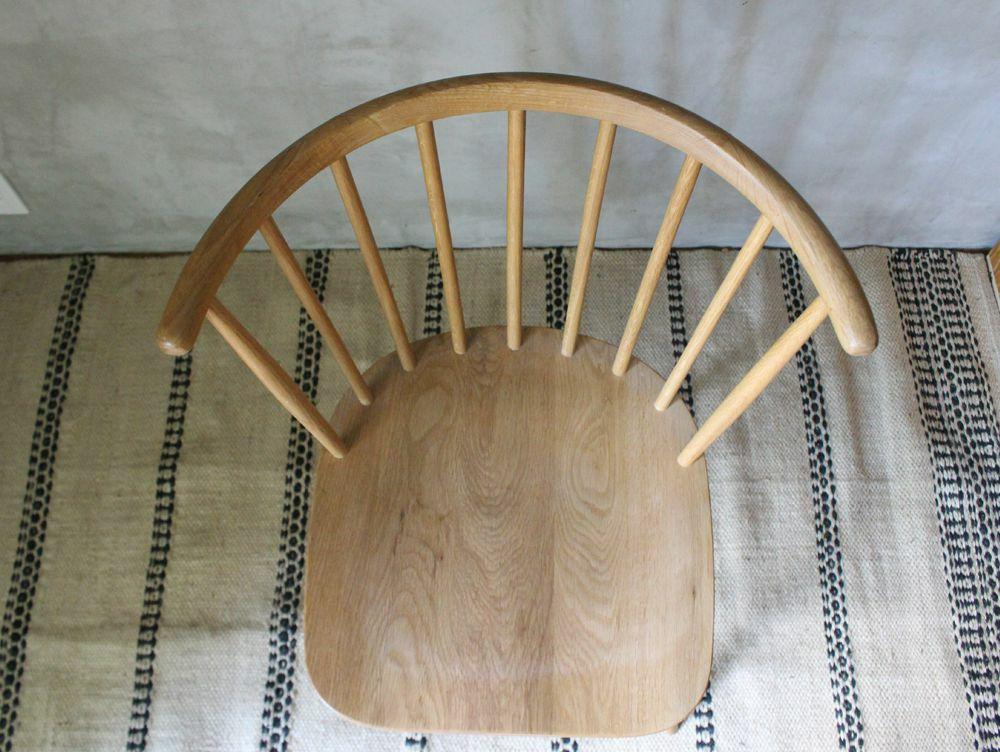 half round chair(アデペシュ)