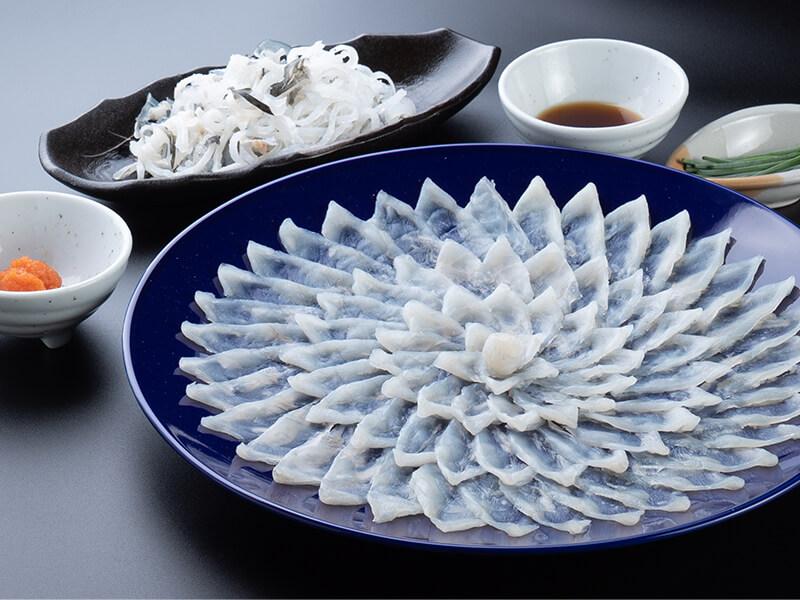 【贈り福】とらふぐ料理フルコース(30cm陶器皿・3〜4人前)