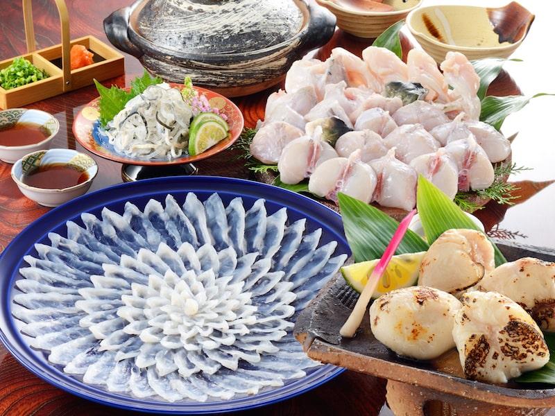 【贈り福】とらふぐ料理フルコース(34cm陶器皿・5〜6人前)とらふぐ白子付き
