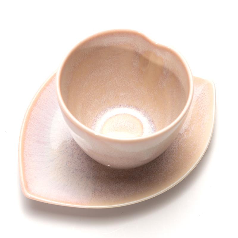 美濃焼 大恵ほのかうす紅桜皿付湯呑