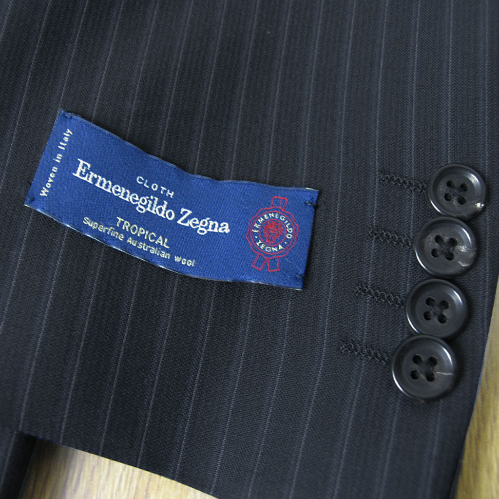 Ermenegildo Zegna(エルメネジルド ゼニア) スーツ メンズ 春夏 2つボタンスーツ 黒 ストライプ ブラック 3509 AB4 AB5 AB6