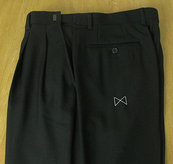 メンズ礼服 DanValentinoシングル3Bフォーマルスーツ 黒無地 オールシーズン対応 A8 BB4