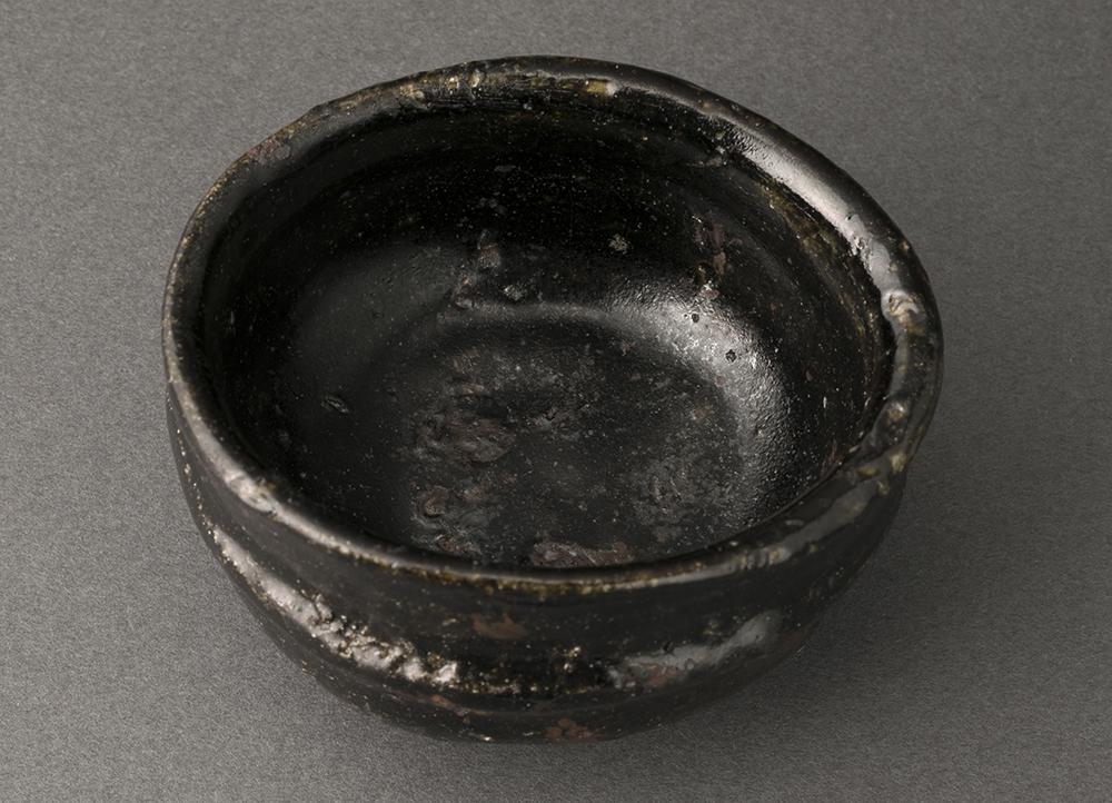 唐津黒ぐい呑(丸田宗彦)Karatsu Sake Cup(Munehiko Maruta)