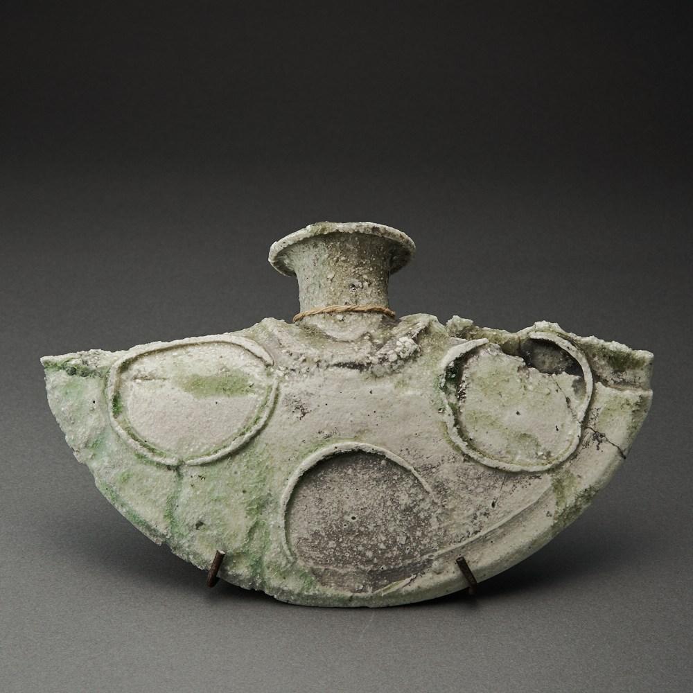 自然釉蝙蝠瓶(辻村唯)Natural Glaze bottle(Yui Tsujimura)