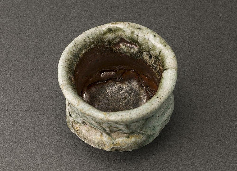 松坂志乃(熊野九郎右ヱ門)Shino Sake Cup(Kuroemon Kumano)
