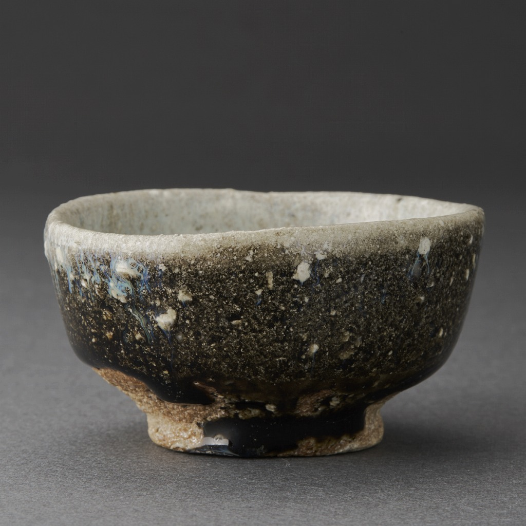 朝鮮唐津ぐい呑(三藤るい)Karatsu Sake Cup(Rui Mitou)