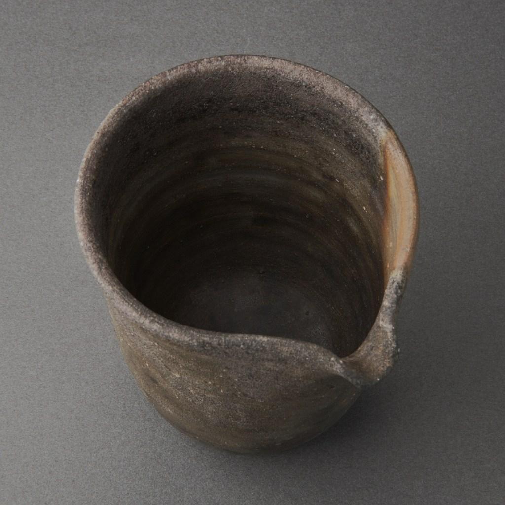 備前窯変片口酒次(伊勢崎紳)Bizen Sake Carafe(Shin Isezaki)