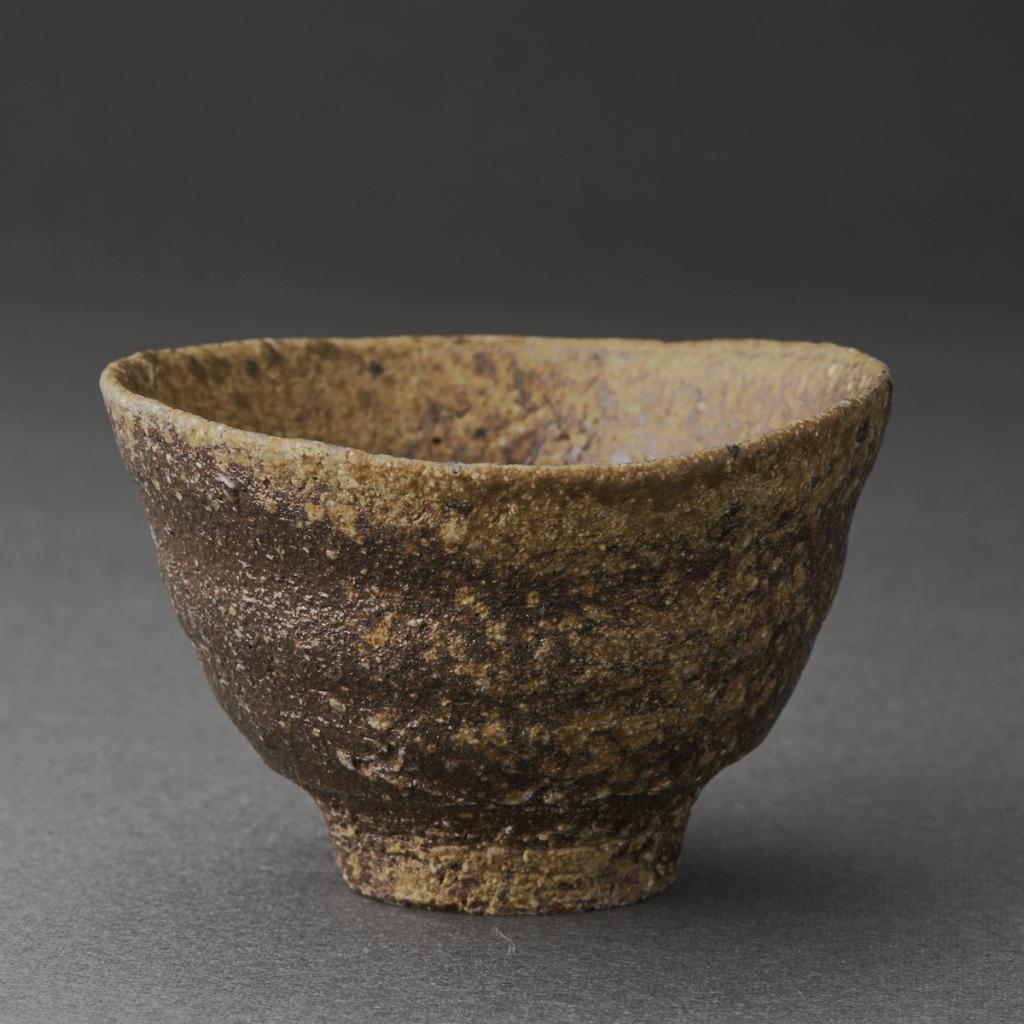 焼き締唐津ぐい呑(三藤るい)Karatsu Sake Cup(Rui Mitou)