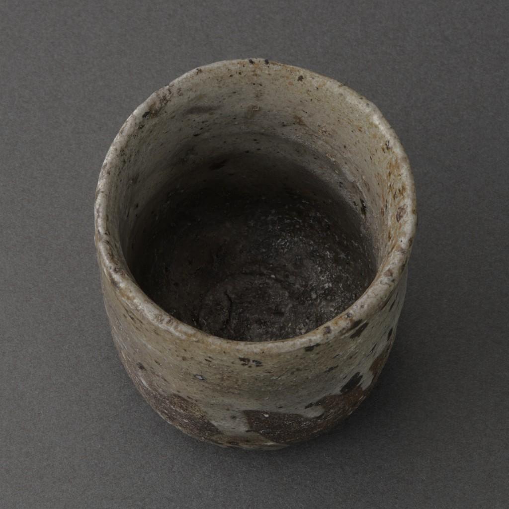 奥高麗ぐい呑(丸田宗彦)Karatsu Sake Cup(Munehiko Maruta)