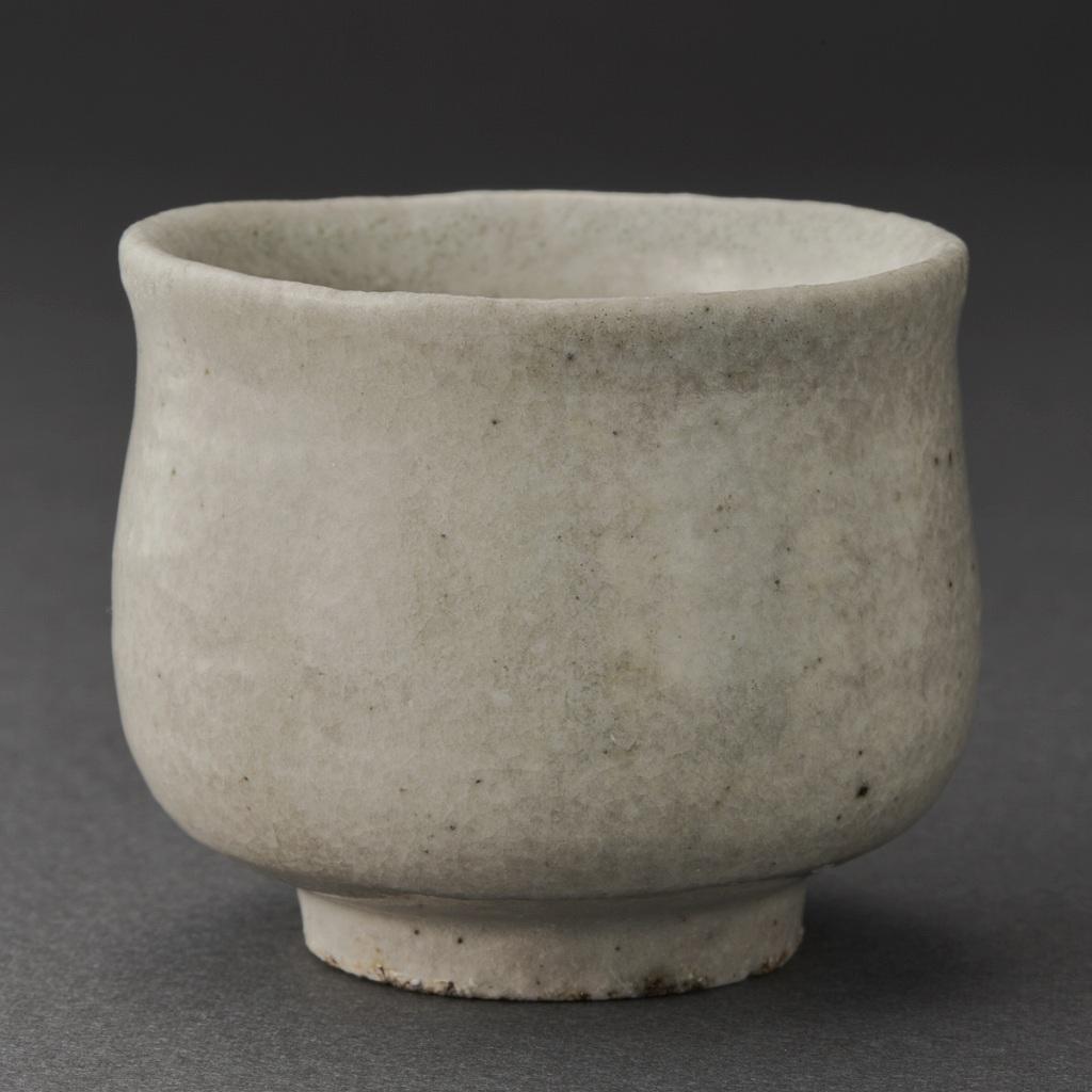 白磁ぐい呑(丸田宗一廊)White Porcelain Sake Cup(Soichiro Maruta)