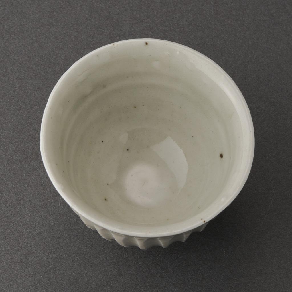 白磁鎬盃(丸田宗一廊)White Porcelain Sake Cup(Soichiro Maruta)
