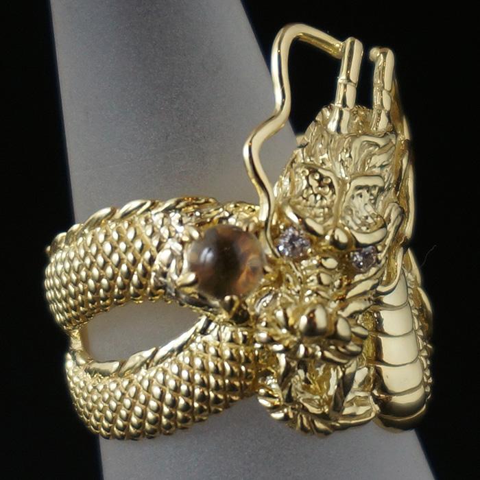 【18K】水晶を持った龍のリング