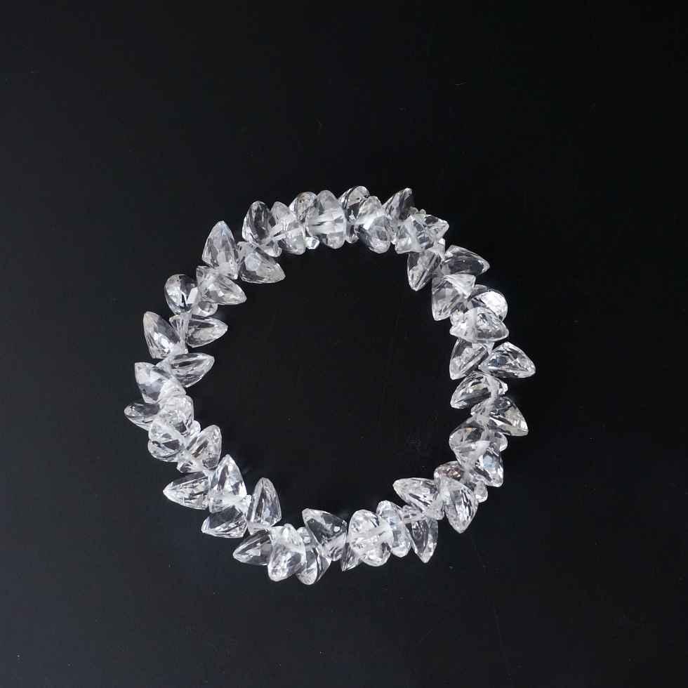 水晶のハートブリリアントカットのブレスレット