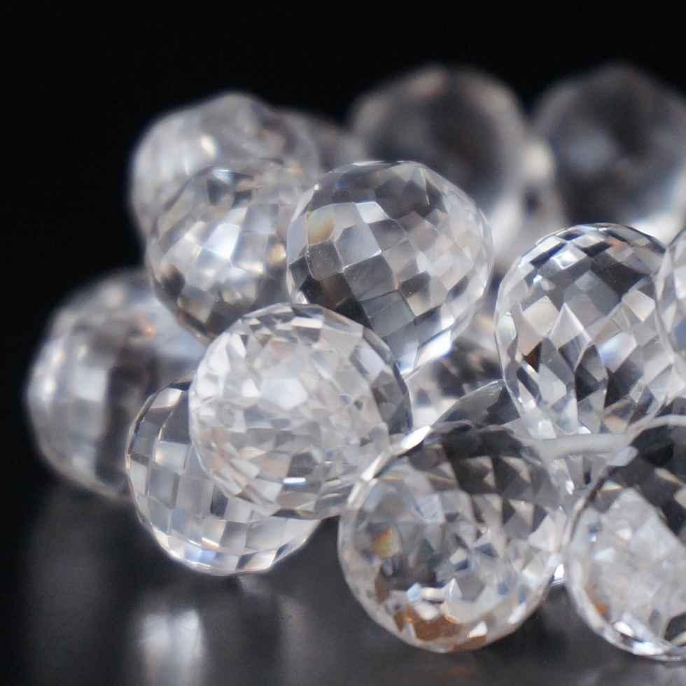 ティアドロップ水晶のブレスレット