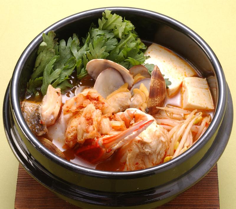 【常温】韓国風チゲの素 1L (エバラ食品工業/和風つゆ/鍋つゆ)