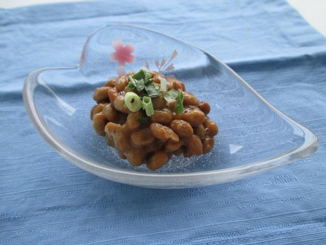 【冷凍】有機大豆カップ納豆(タレ・カラシ付) 30G 40食入 (日東食品/納豆・あげ)