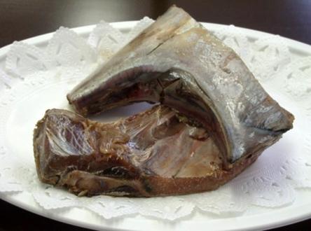 【冷凍】メリータイムフーズ) マグロカマ(200/250) 5切 (/魚/切り身)