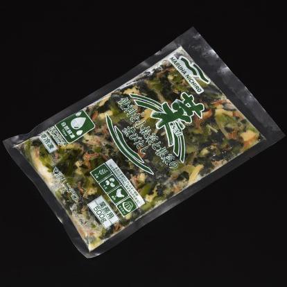 【冷凍】便利な小松菜と根菜の煮びたし 500G (マルハニチロ/煮物)