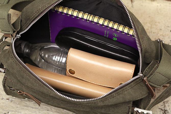 備長炭染め 帆布 ボディバッグ kon 2004 baggy port バギーポート 深い色合いが魅力的なウエストバッグ、ボディバッグの2WAY使用
