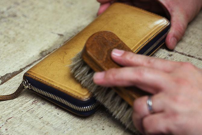 ジャーマンブラシ2 革のお手入れ用 馬毛ブラシ コロンブス