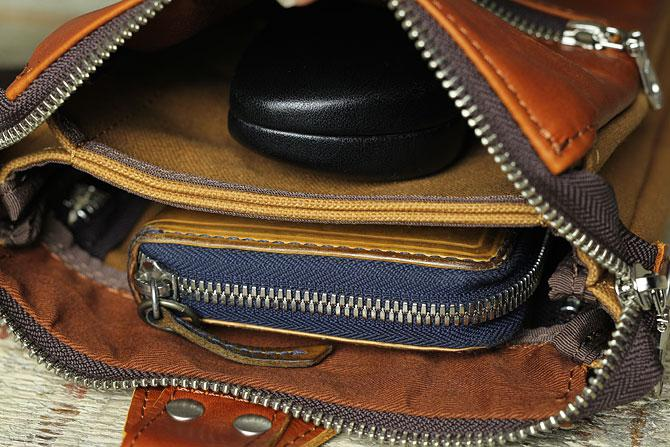 スリムで小振りな縦型 2層式 ボディバッグ メンズ グローブレザー×帆布 バギーポート ynm 210