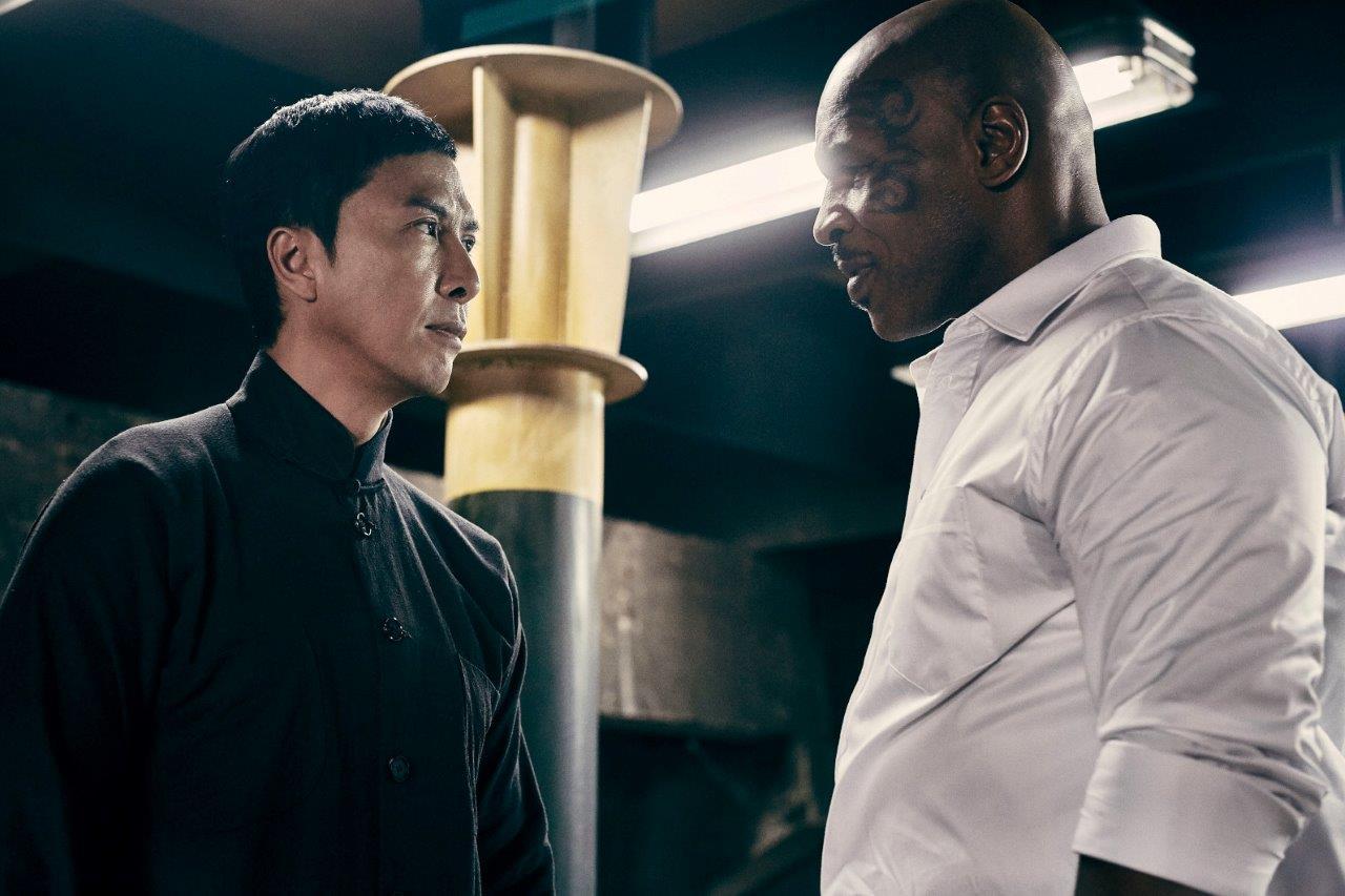「イップ・マン 継承」菅原芳人描き下ろし Tシャツ(ホワイト)&チラシ付き ブルーレイ