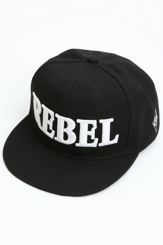 【SALE】RebeL 3D Embroidery フロントネームBBキャップ