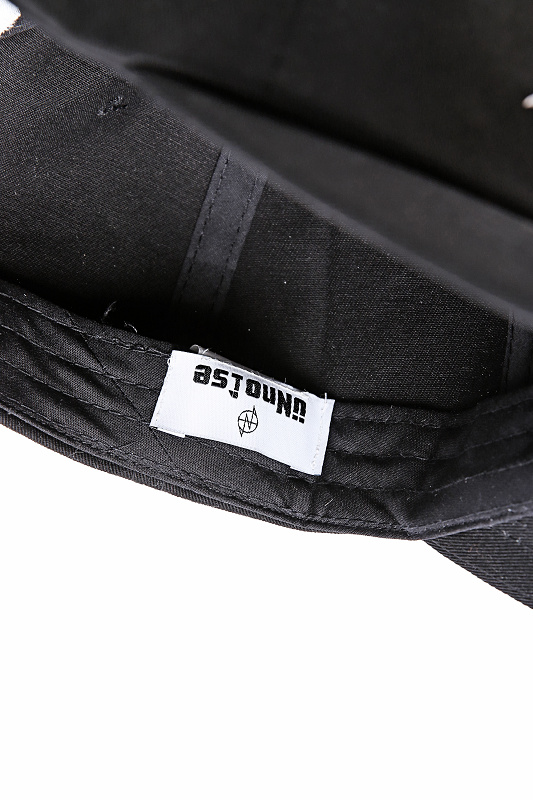 【SALE】UNNO1SE Embroidery Brand Nameストラップキャップ