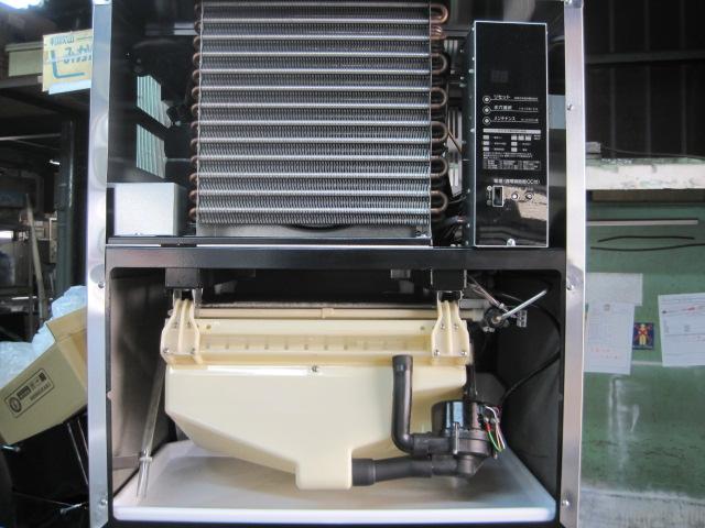 【ホシザキ】【業務用】【中古】 製氷機 IM-230AM-1-SAF* 230kg 三相200V