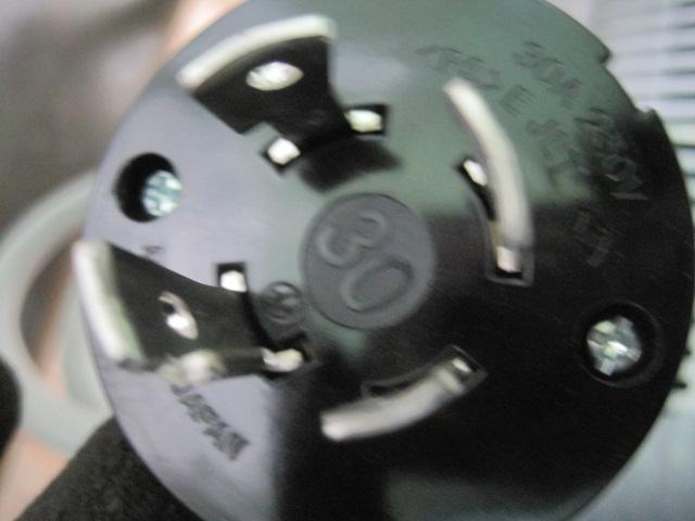 【ホシザキ】【業務用】【中古】 食器洗浄機 JWE-680UB◎ 三相200V ※50Hz専用