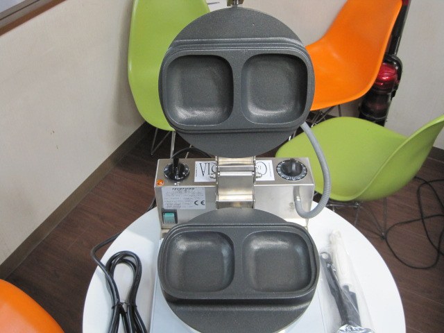 【TECHFOOD】【業務用】【未使用新古品】  ホットサンドメーカー PIA00048◎ 単相100V