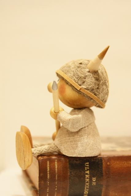Nordic 木製人形 バイキング-D