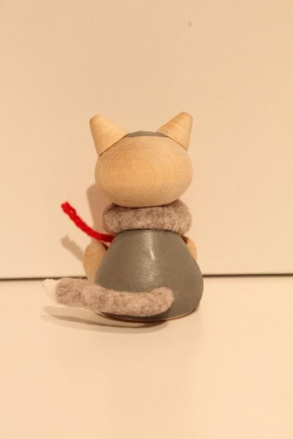 Nordic 木製人形 ネコ 毛玉