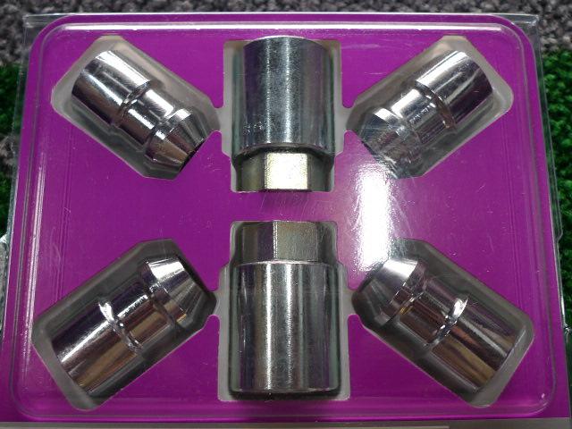 08−12y ジープ チェロキー マックガード製 ホイール・ロックナット 【クローム】【4個セット/鍵付き】