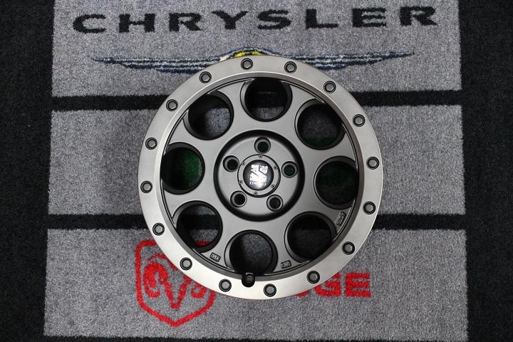 06−10y ジープ コマンダー ホイール ディーラー車/車検対応 【XJ03/17インチ】【フラットブラック/スモークフランジ】※1本単価
