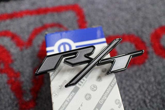 【R/T】 チャレンジャー 純正 フロントグリル エンブレム BLACK TOP エディション