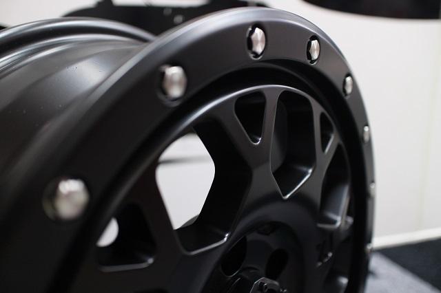 02−12y ジープ チェロキー ホイール ディーラー車/車検対応 【XJ04/17インチ】【サテンブラック】 ※1本単価