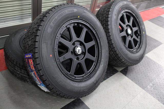 【即納】【限定1セット特価】06−07y ジープ コマンダー 新品17インチ ホイール & スタッドレスタイヤ セット