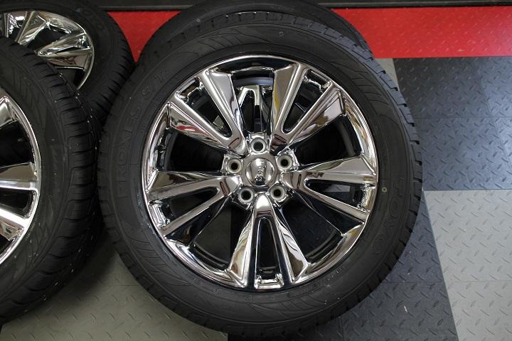 【限定1セット特価】11y− ダッジ デュランゴ 20インチ 新品 TOYO タイヤ & 新品 MOPARアクセサリー ホイール 4本セット 【クローム】※要選択