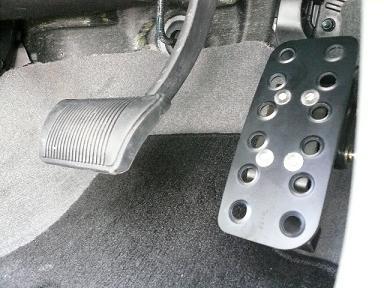 08y− ジープ チェロキー 日本ディーラー車用 アクセルペダル延長キット