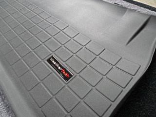 08y− ダッジ グランドキャラバン 専用設計 カーゴライナー 【3列目収納スペース用】 【ブラック】