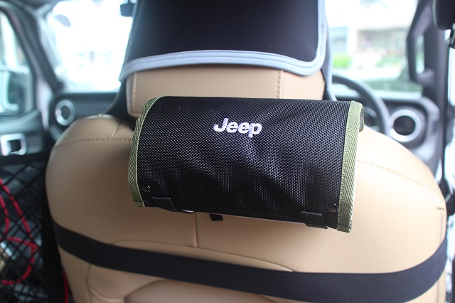 汎用品 ジープ 純正品 Jeep ロゴ入り ウェットティッシュホルダー