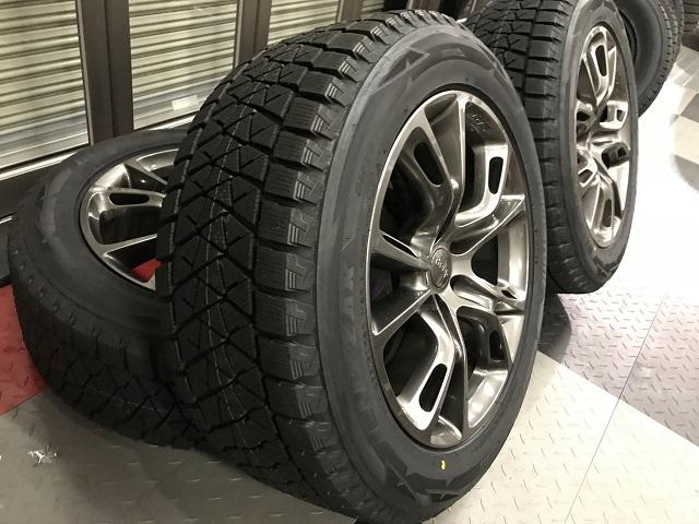【早割】【限定1セット特価】11y− ジープ グランドチェロキー SRT8用 純正デモ使用品20インチ  & スタッドレスタイヤ セット