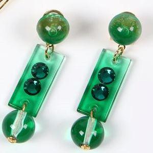 [セット価格] [針なし] ペイネシージョ (小さい櫛) と短冊形 (小) イヤリングのセット (AS-09) 緑 (クリップ&ねじの日本式留め具) [フラメンコ用] [スペイン直輸入] [おまかせメール便可]
