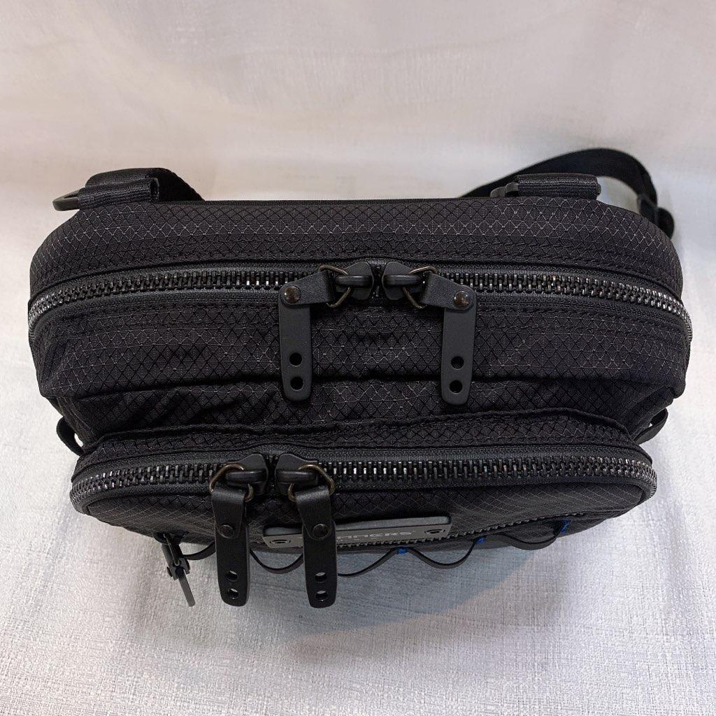 トリマーズ TRiMMERS ショルダーバッグ ウエストバッグ 2way 丈夫 高品質 スペクトラ 軽量 撥水 旅行 カジュアル おしゃれ 防弾素材 黒