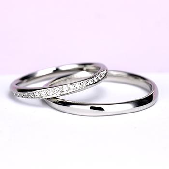 【永遠 Towa】【スーパーハードプラチナ】細身の上品なデザインのハーフエタニティリング  変形やキズに非常に強い結婚指輪 MpTRM279-280