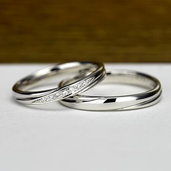 結婚指輪ペア  落ち着きのあるデザインのプラチナ製リング